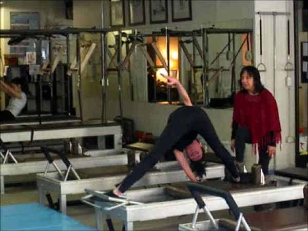 Pilates certificaat Anna Rubau: Sari Mejía Santo en Anna Rubau in Dragos Gym te New York