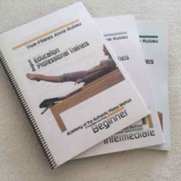 True-Pilates Opleiding handboeken
